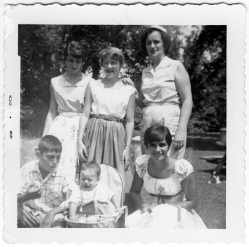 Gloria, unknown, Betty, Paul, George and Katie